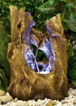 Baumstumpf-Wasserfall mit Beleuchtung - 1