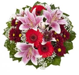 """Dominik Blumen und Pflanzen, Blumenstrauß """"Charlotte"""" mit rosa Lilien, Chrysantheme, Gerbera und Schleierkraut - 1"""