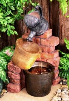 Gießkannen-Brunnen mit Halogenbeleuchtung - 1